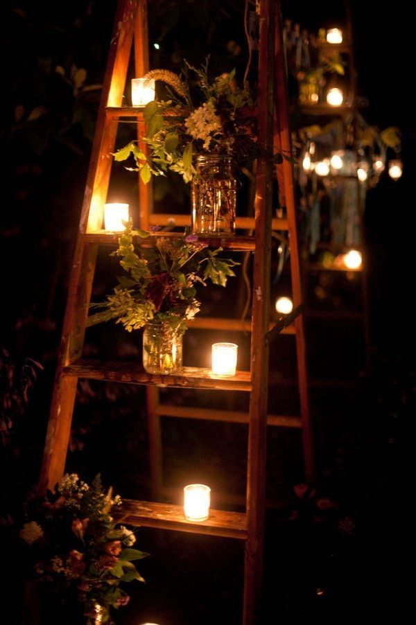 Ideas para decorar las escaleras de interior for Decorar jarrones con velas