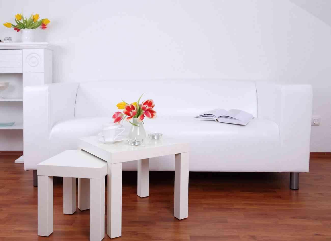 Salon En Blanco
