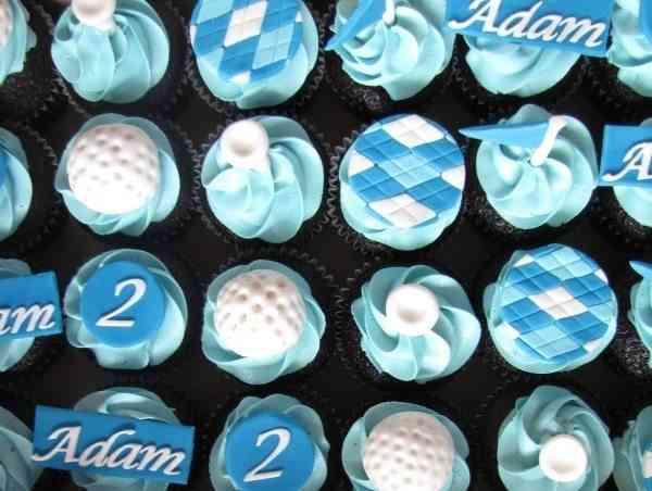 pasteles azules
