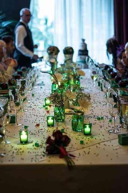 decoración de mesa en verde