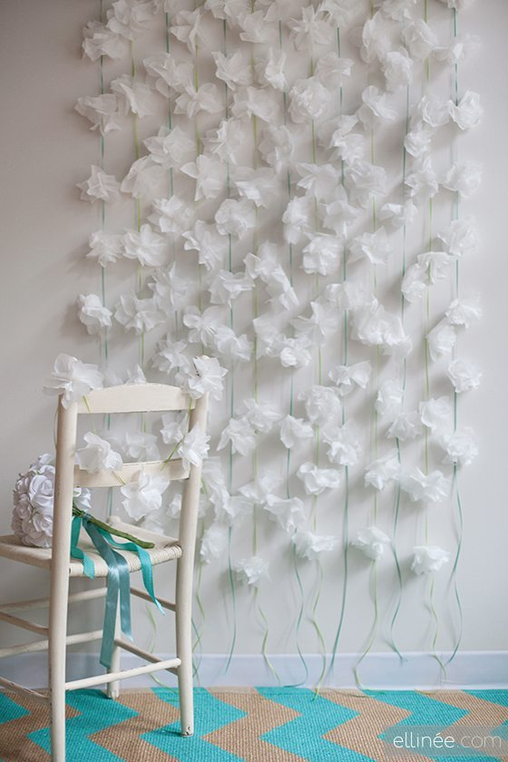 flores hechas con servilletas