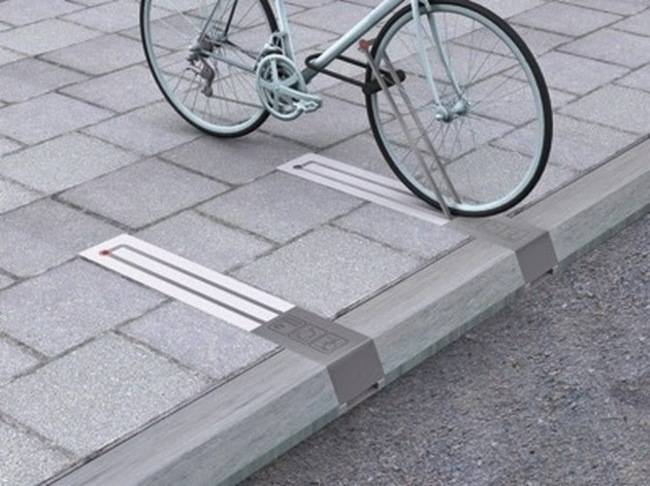 Parkting de Bicicletas original e integrado en aceras