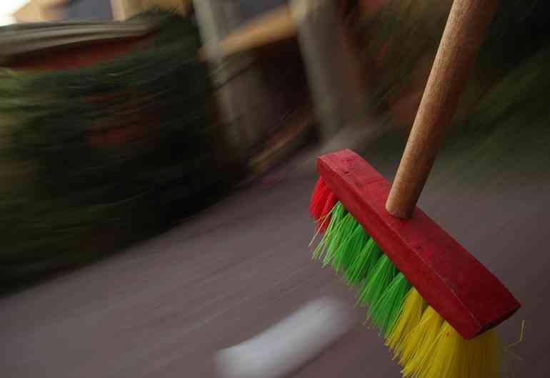 limpieza de pisos pequeños