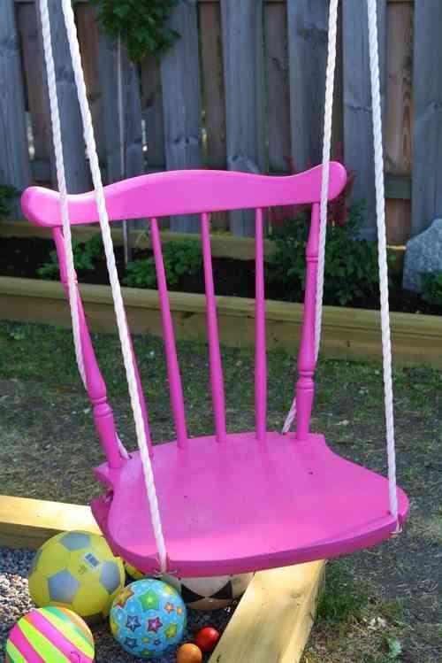 columpio hecho de silla