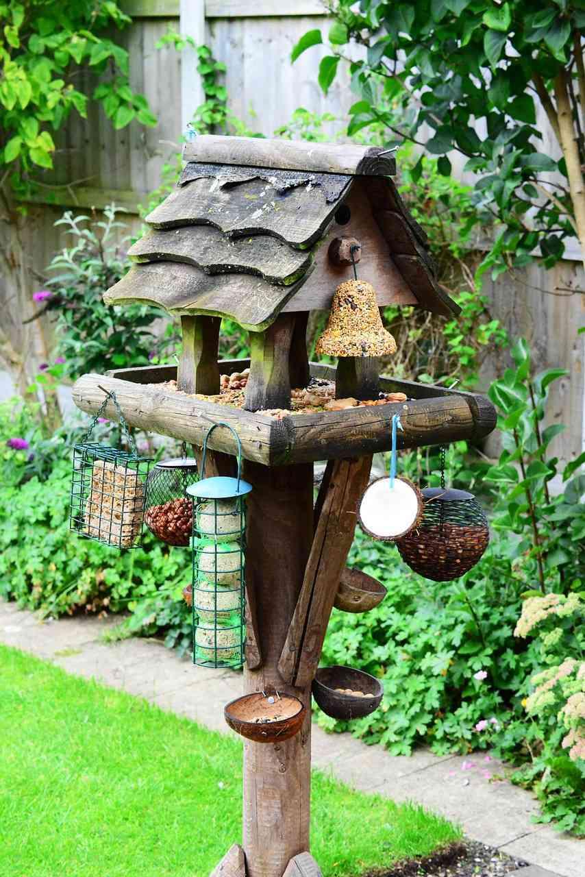 10 entradas de casas con jard n realmente originales for Como decorar el jardin de mi casa