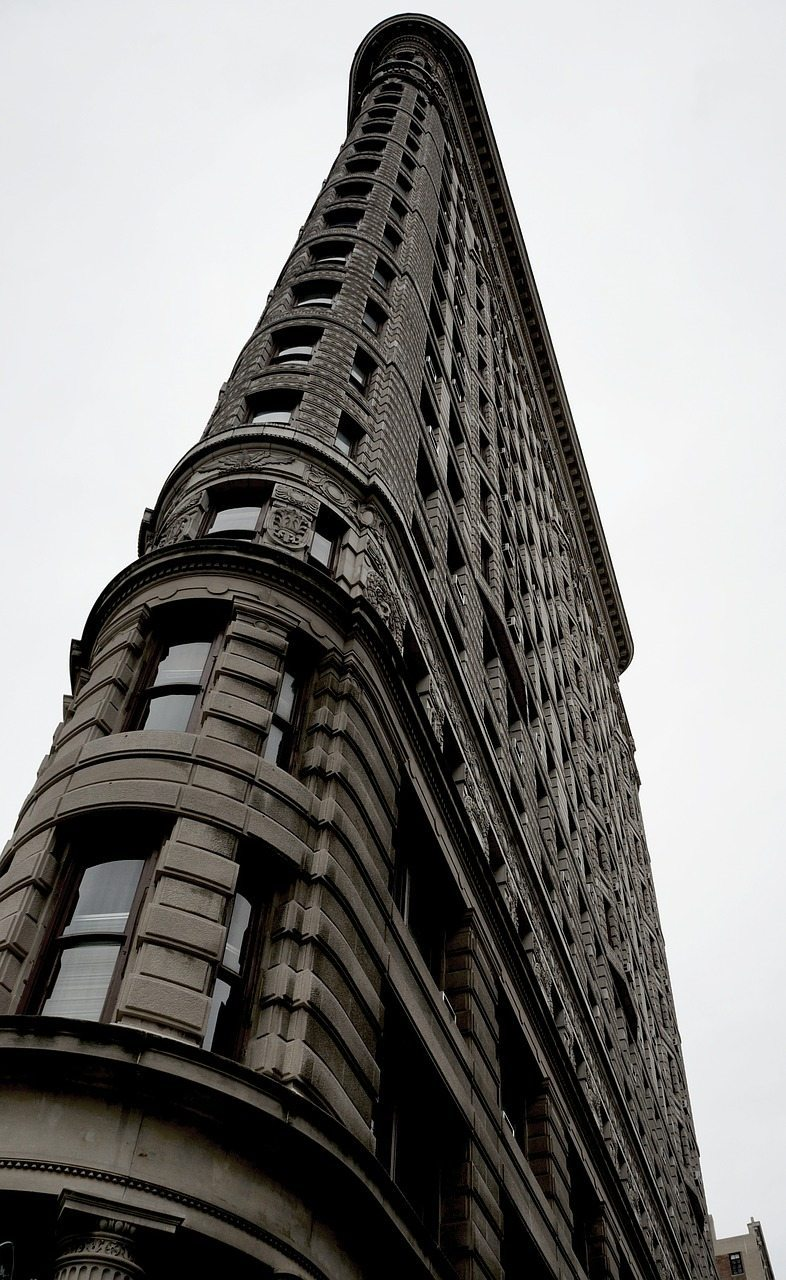 edificio estrecho