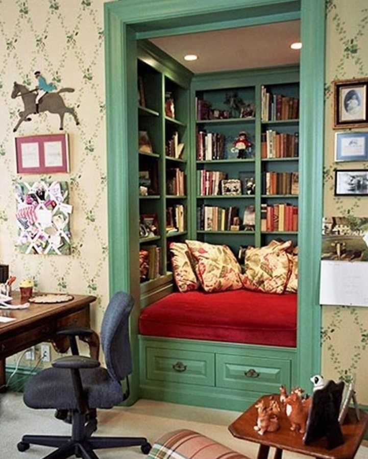 Personalized reading area with shelves