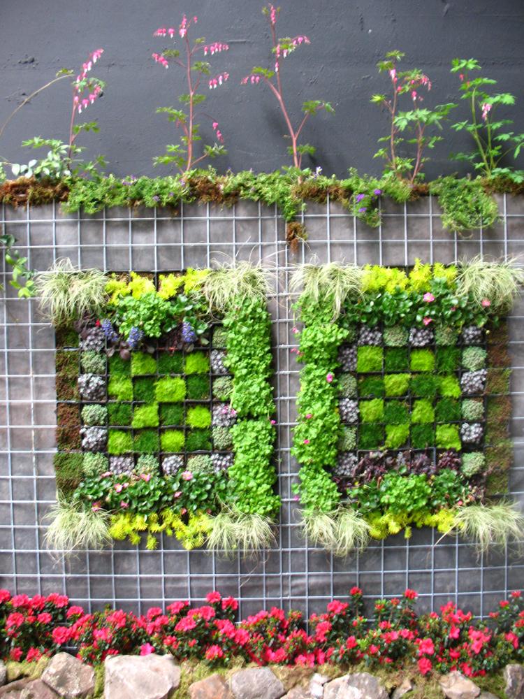 20 originales ideas de jardines verticales caseros for Jardines verticales construccion