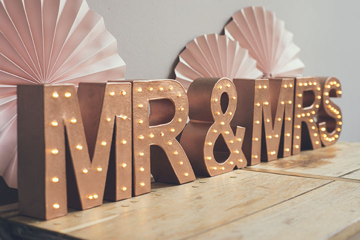 boda vintage letras luminosas Mr & MRS