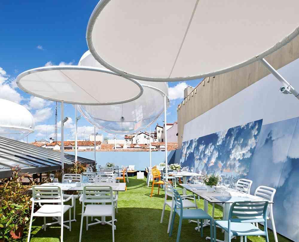 terrazas de verano - restaurante the azotea sillas y mesas