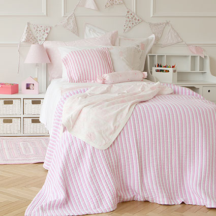 Textiles coloridos dormitorios infantiles de verano