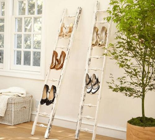 Esclaera para colocar zapatos