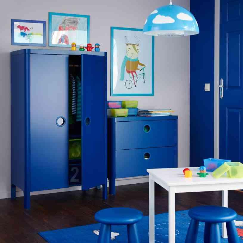 cuarto de los ninos Ikea azul