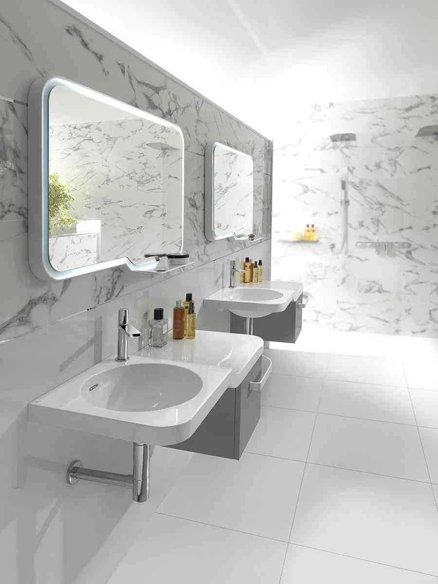 banos de lujo forma lavabos y espejos