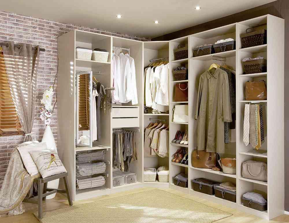 C mo lograr armarios ordenados y aprovechar el espacio - Armarios empotrados en esquina ...