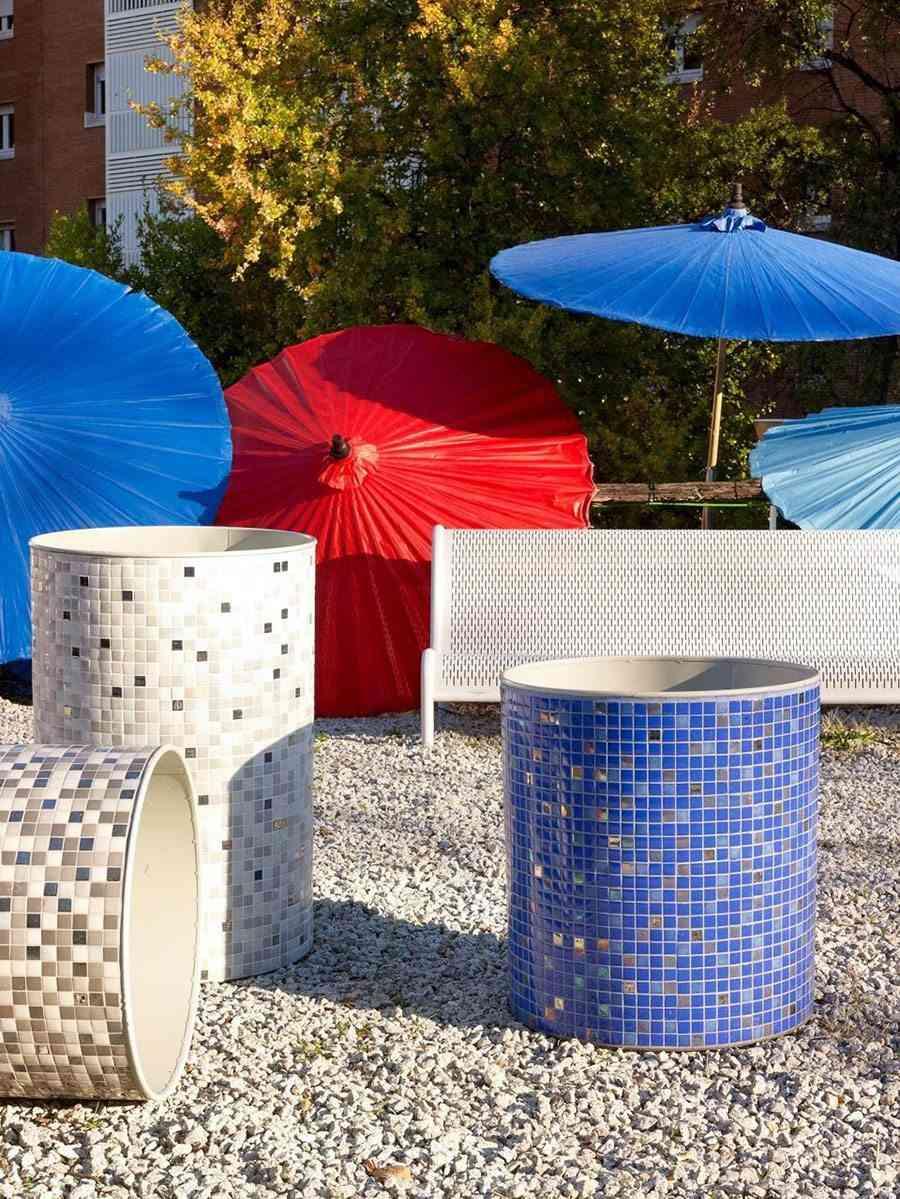decoracion de jardines exterior hisbalit sombrillas