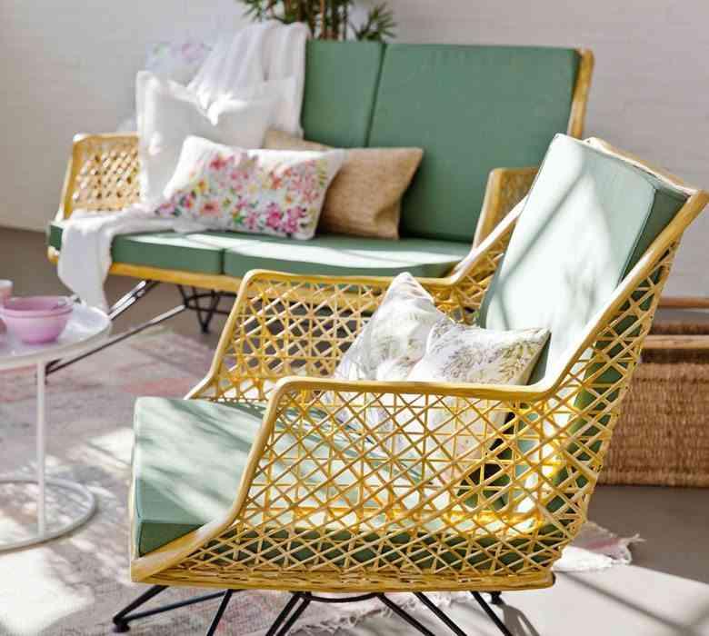 interiores de casas modenas zara sillon verde solo