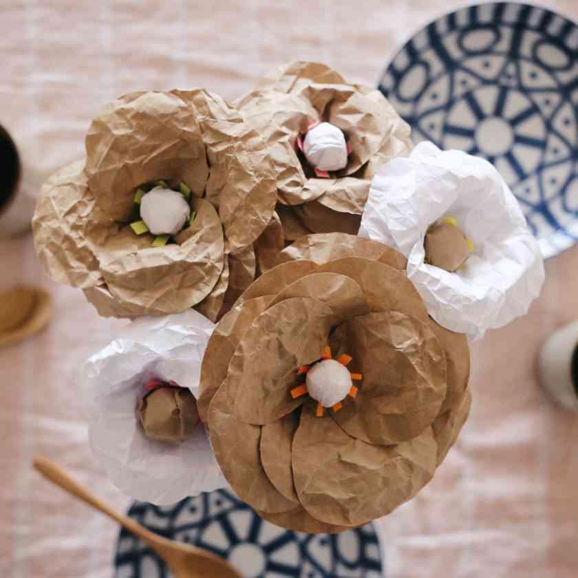 Diy flores de papel para el verano - Manualidades con papel craft ...
