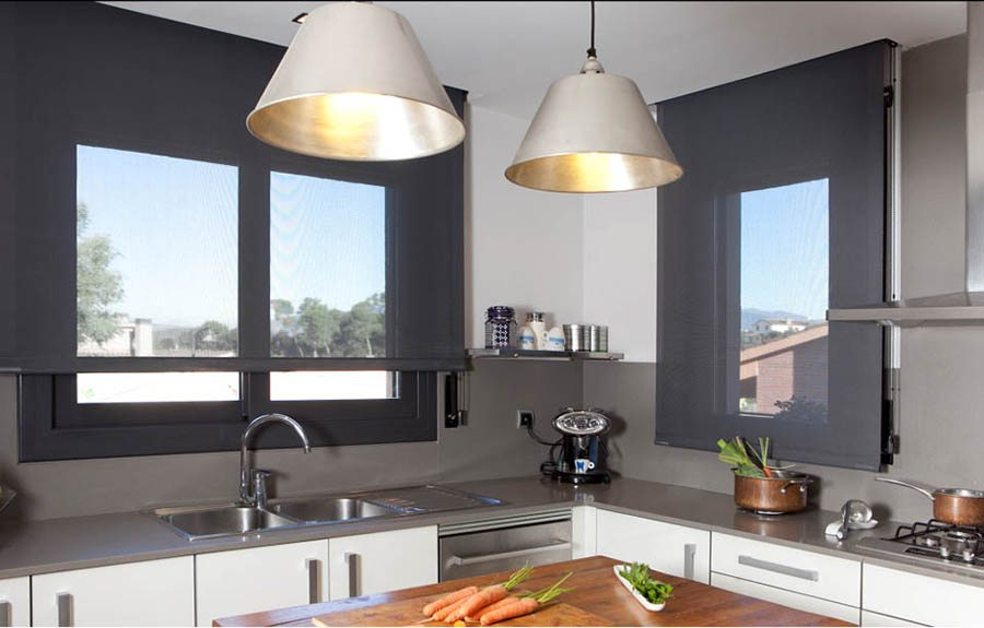Claves para elegir cortinas de cocina modernas - Cortinas screen cocina ...