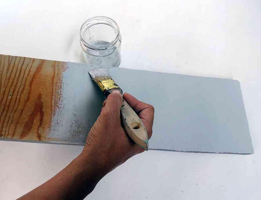 perchero infantil 3 perchero pintando tabla