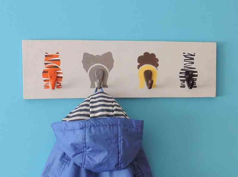 perchero infantil final vertical chaqueta