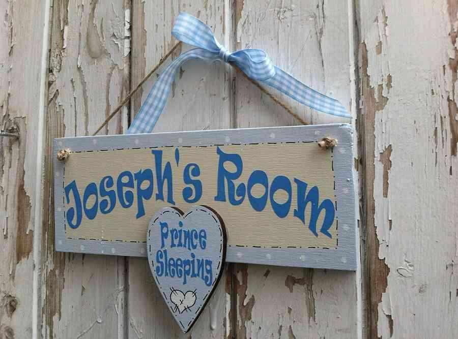 Decorar con letreros infantiles para puertas for Puertas pintadas originales