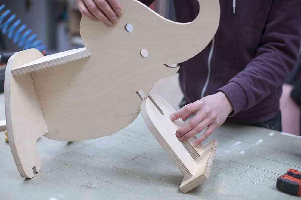 balancin de madera elefante montaje patas