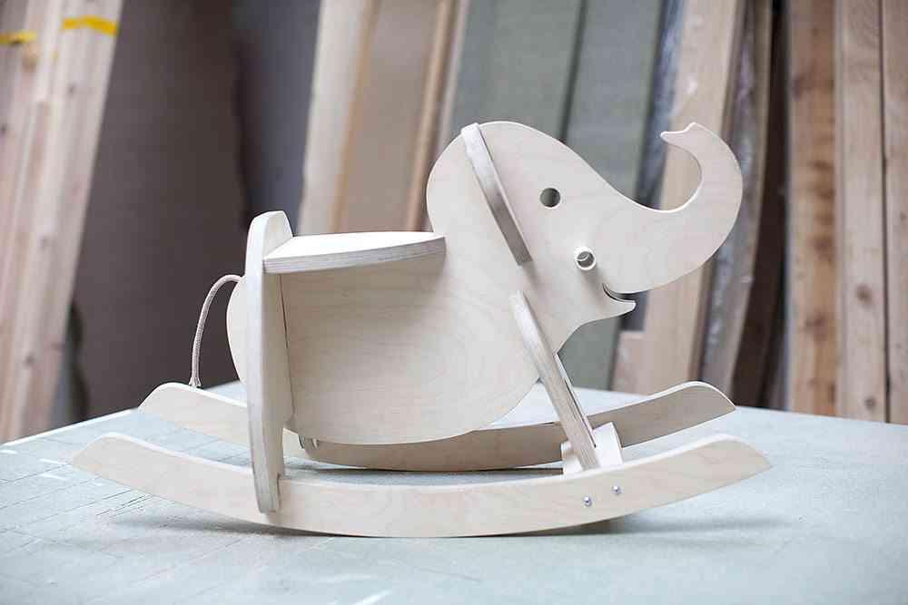 balancin de madera elephant apertura