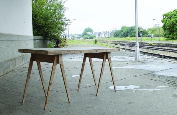 escritorio con cajones secretos