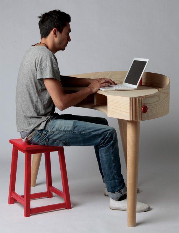 escritorio de diseño con capota