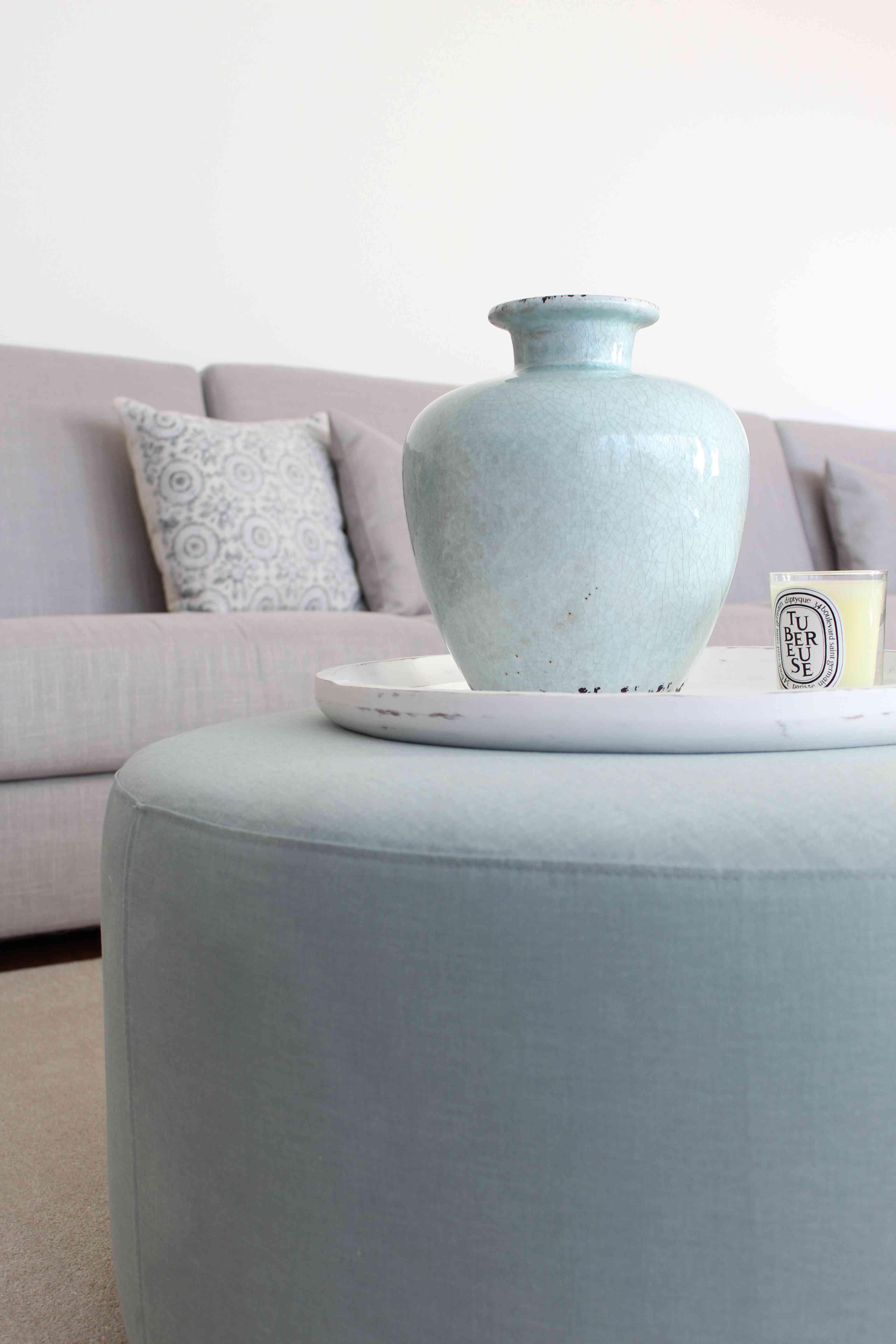 La nueva casa de Sara Carbonero en Oporto con muebles Kenay Home - detalle salon