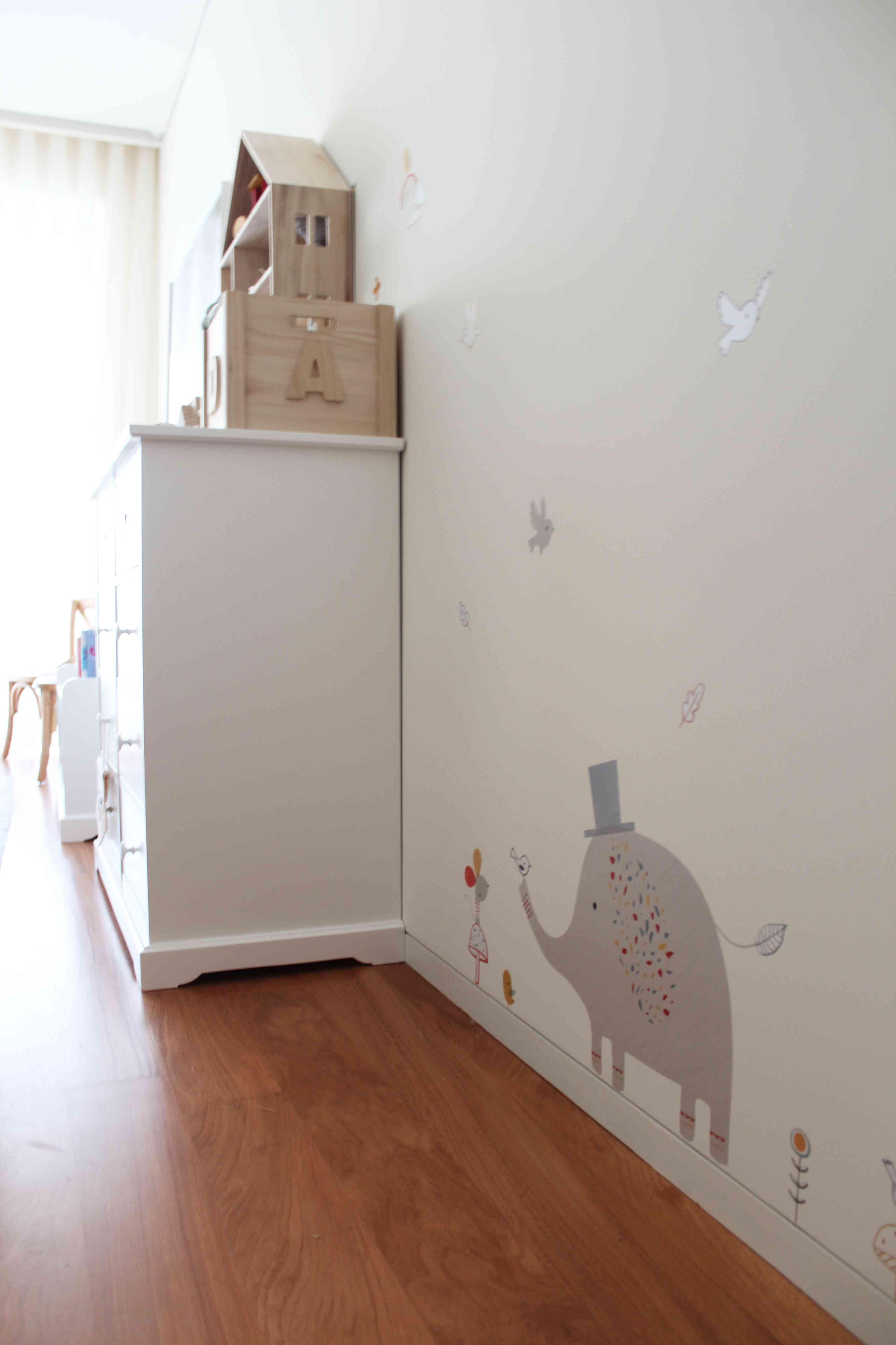 La nueva casa de Sara Carbonero en Oporto con muebles Kenay Home - habitacion de bebe