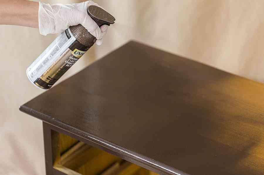 pintar una comoda de madera paso 3