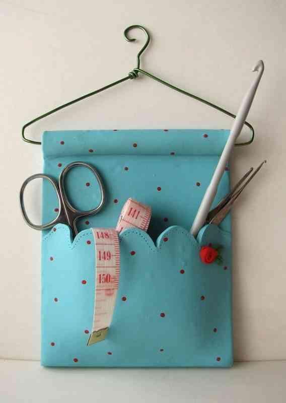 manualidades con goma eva costurero