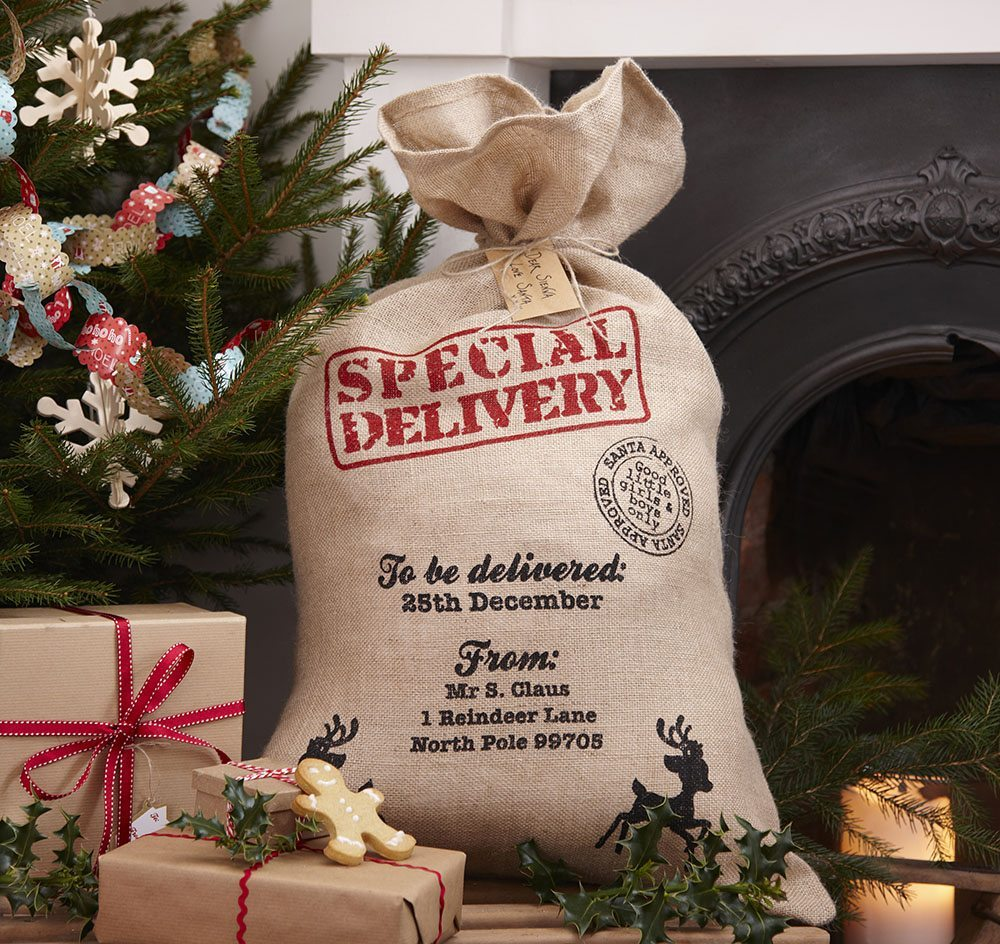 tendencias de decoración navideña Hessian Christmas Santa Sack