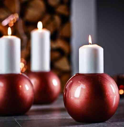 decoración de Navidad en Ikea ikea velas en rojo