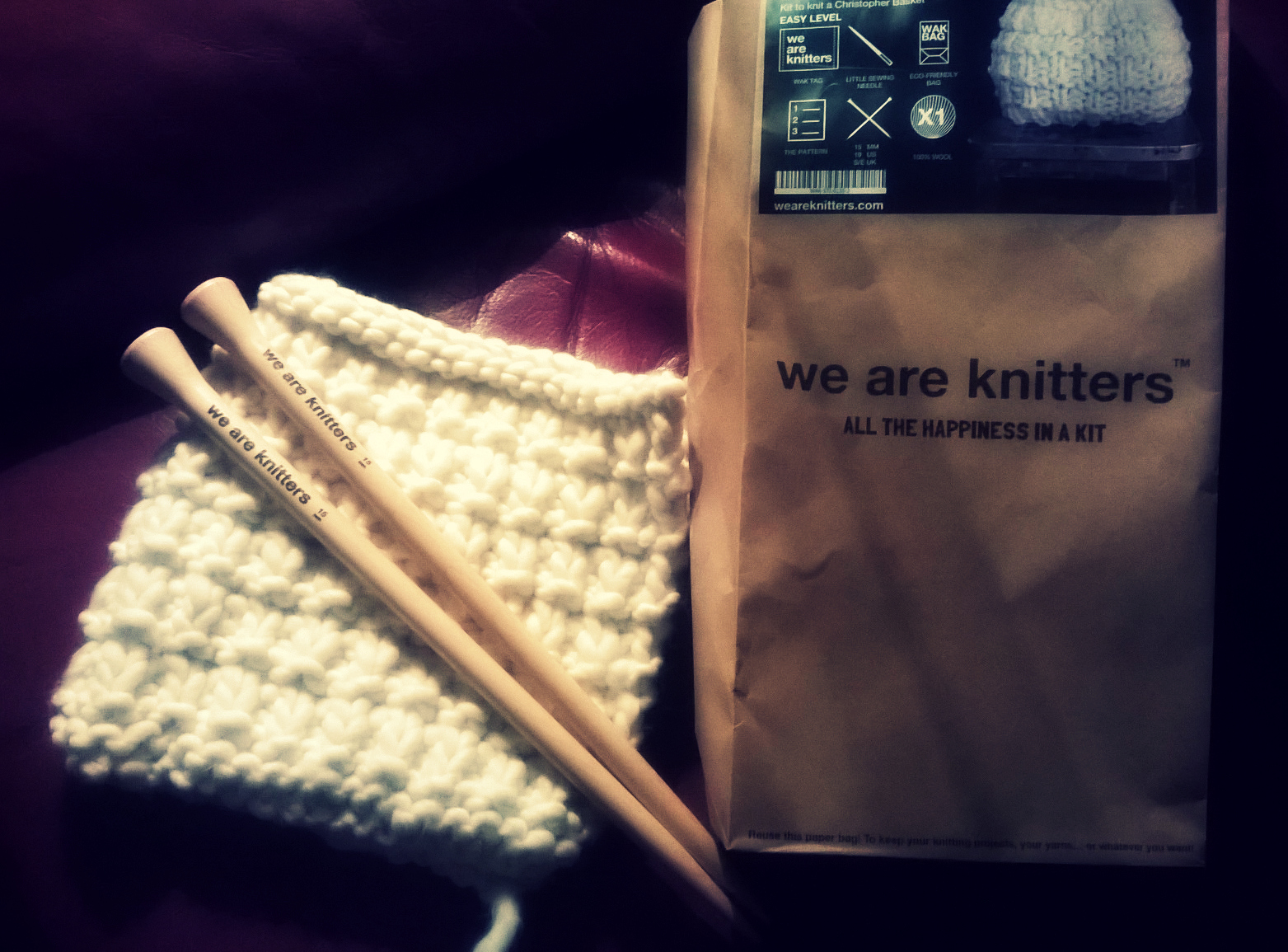 cesto We are knitters por la mitad