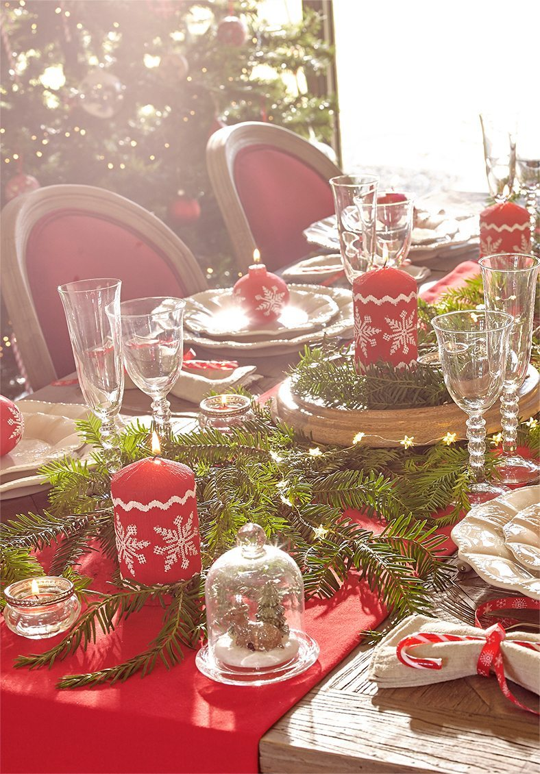 mesas decoradas para Navidad maisons mesa en rojo