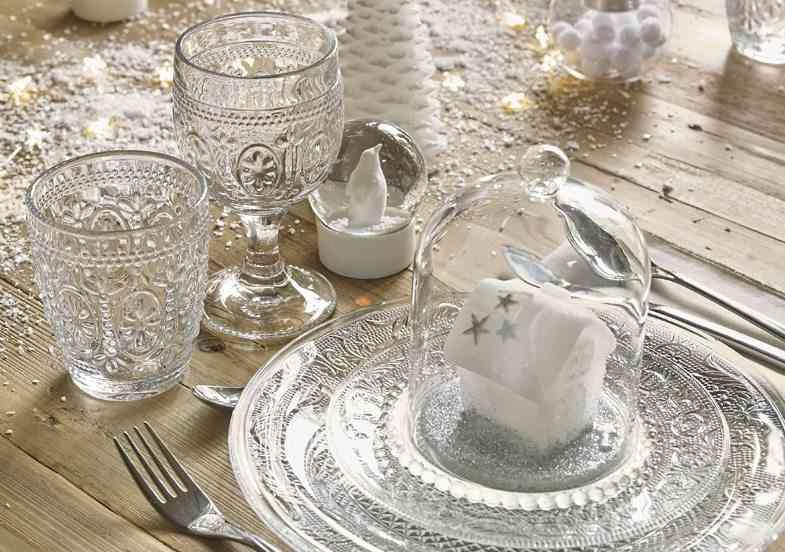 mesas decoradas para Navidad maisons mesa plata y cristal