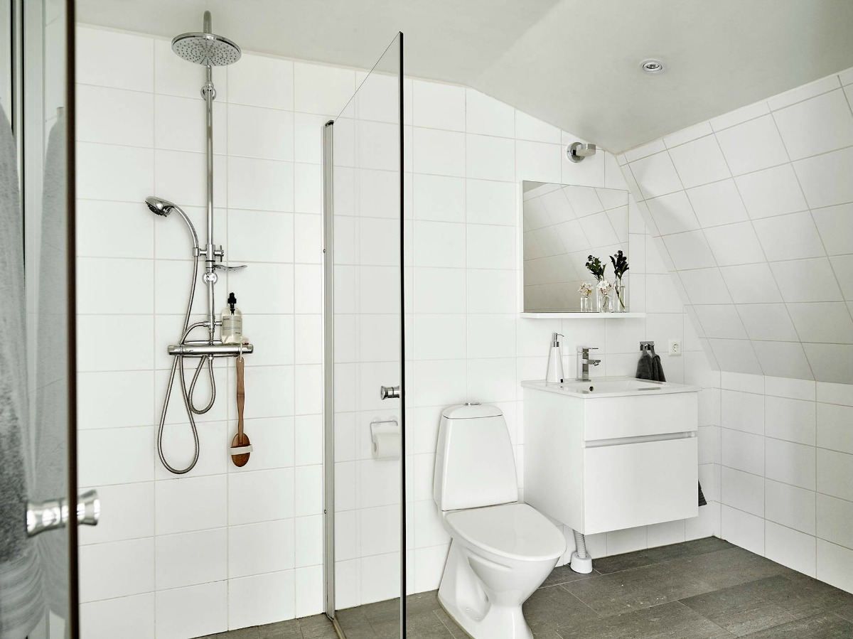 Ático de estilo nórdico baño 1200x899
