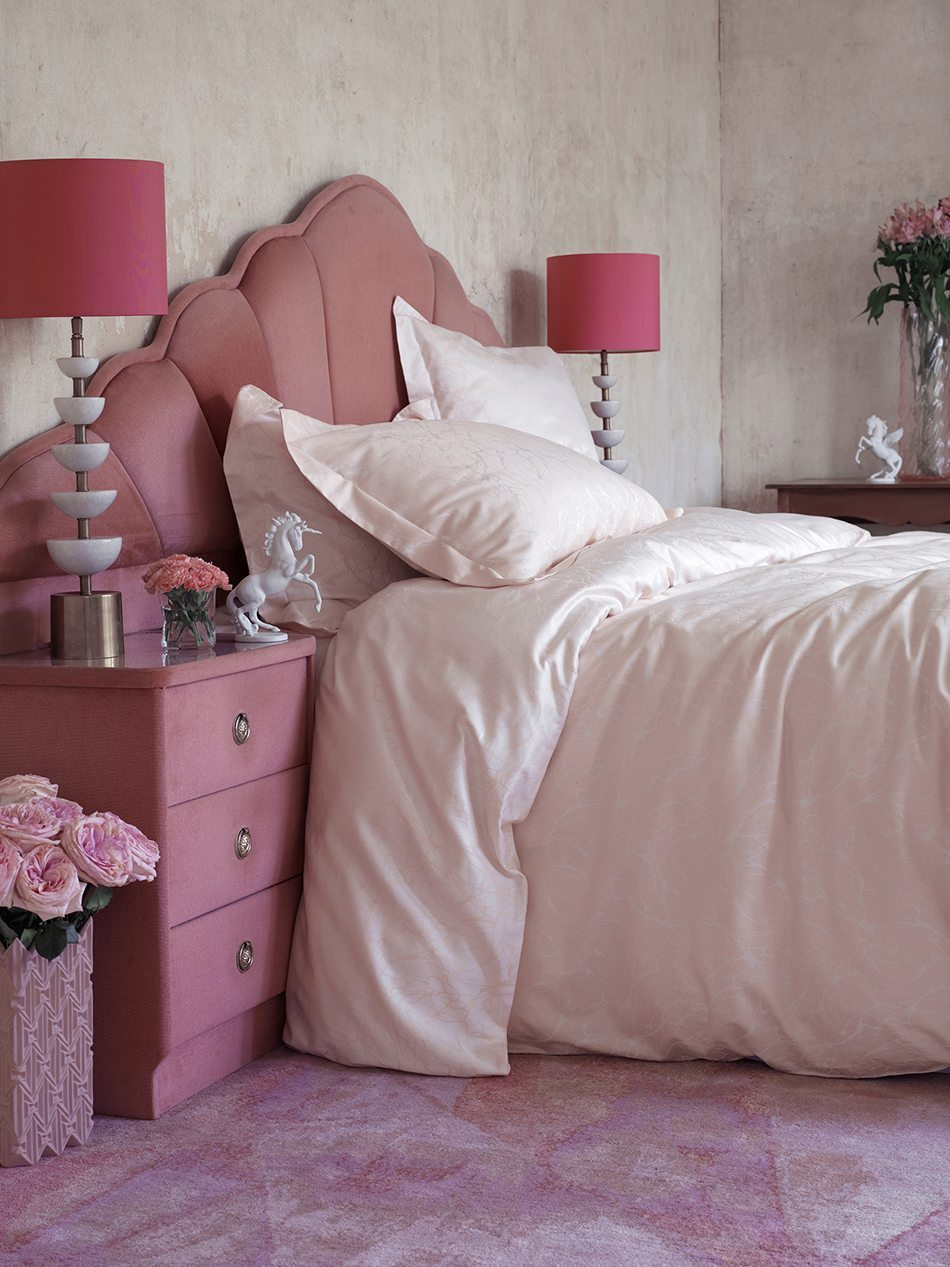 redecorar el dormitorio cabecero rosa