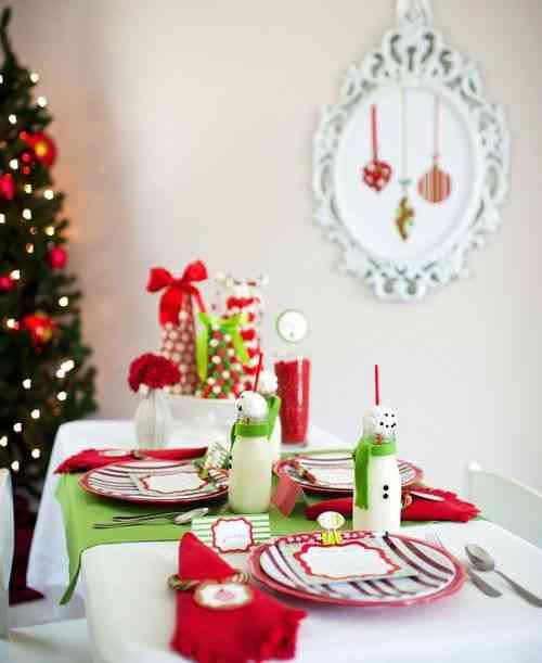 Decorar la mesa infantil en Navidad bebidas