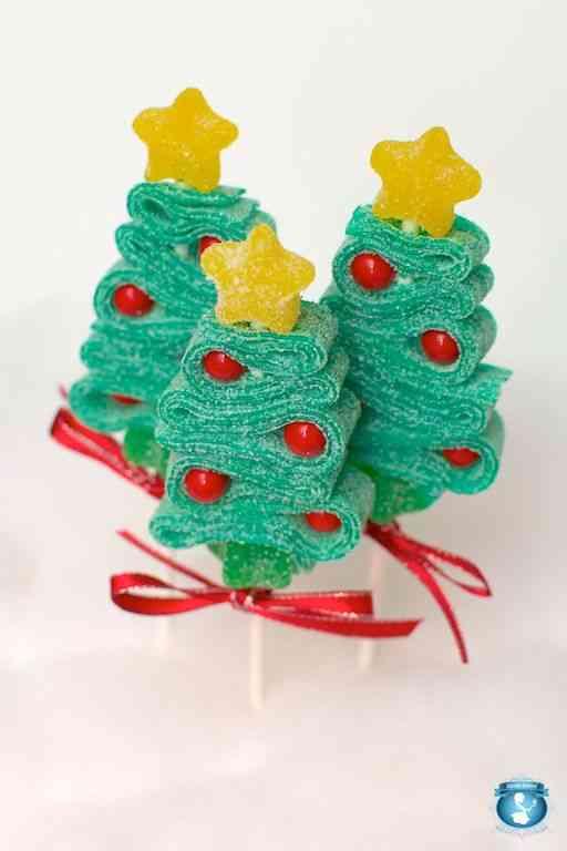 Decorar la mesa infantil en Navidad chuches arbol