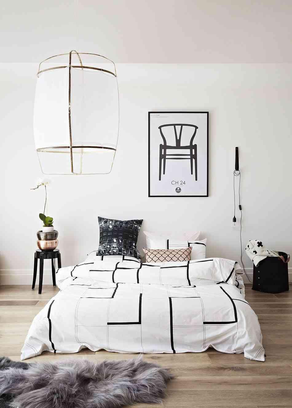 redecorar el dormitorio blanco y negro