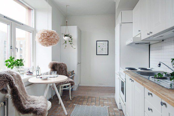 cocina pequeña en color blanco