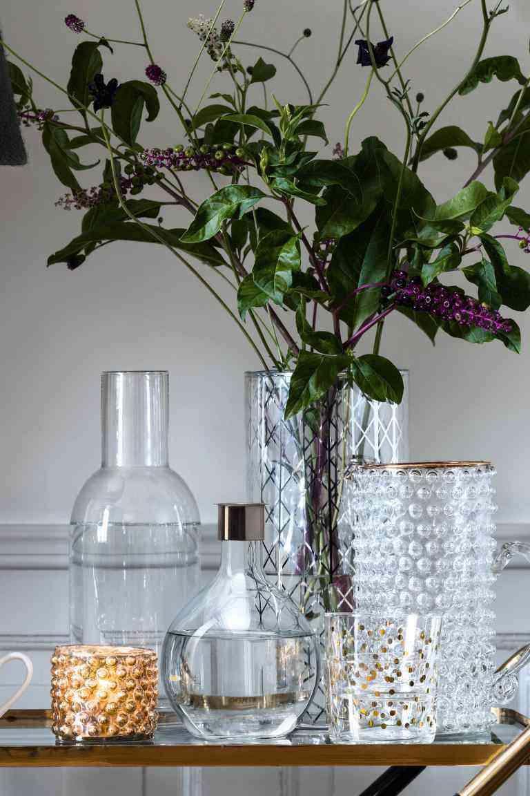 Trucos para mantener los objetos de cristal relucientes for Objetos de decoracion online