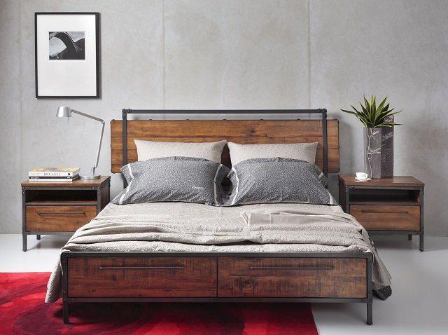 cama con dos mesas de noche
