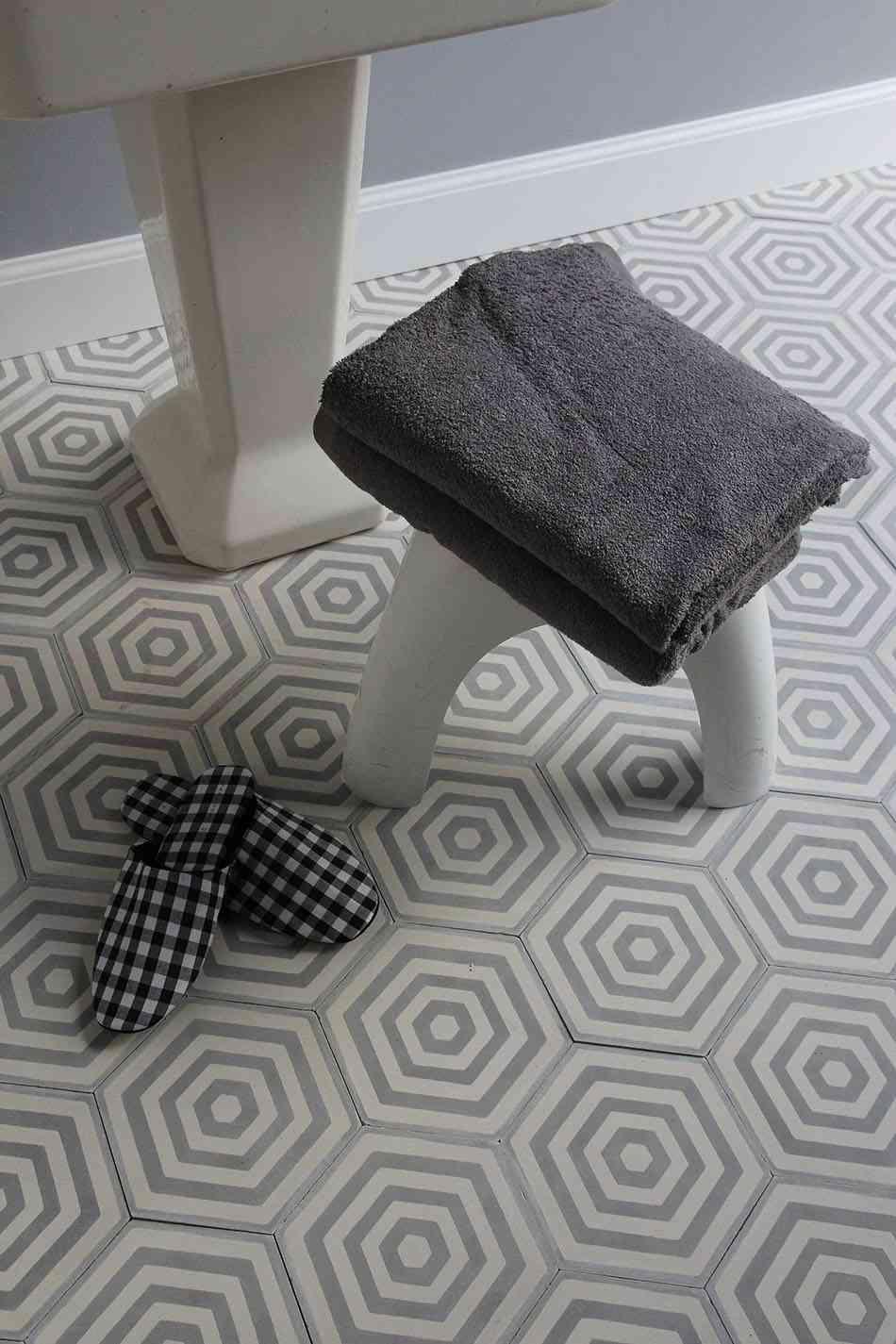 azulejos geometricos popham suelo bano