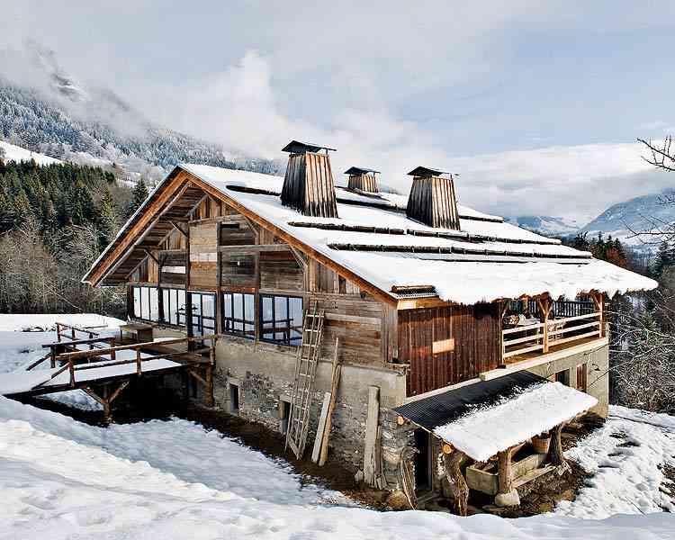 casa en los Alpes franceses exterior