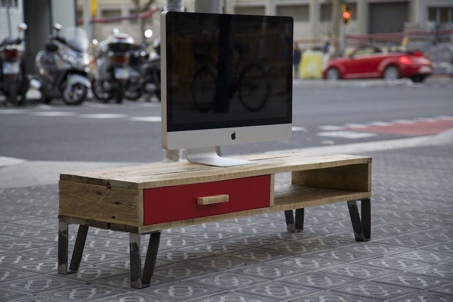 Ideas para decorar tu casa con muebles de madera reciclada for Reciclar palets de madera muebles